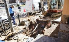 Una avería en Gil Cordero deja sin agua el centro de Cáceres casi nueve horas