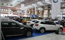 Tres pabellones del recinto ferial de Zafra acogen hasta mañana la I Feria del Automóvil y la Motocicleta