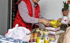 Cruz Roja reparte en Mérida más de 30.800 kilos de alimentos a 334 familias