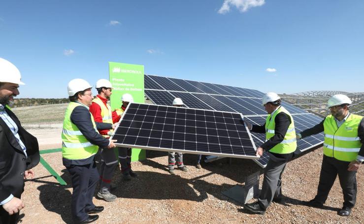 Inauguración de la planta fotovoltaica Núñez de Balboa