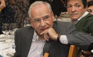 Alfonso Guerra presenta su último libro en la Rucab