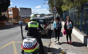 Los policías locales extremeños piden ayuda para adquirir chalecos antibala