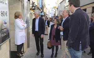 Pilar Nogales promete bajar el IBI rústico y urbano