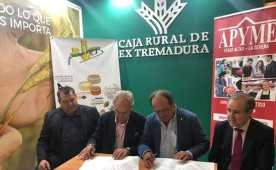 Apyme Vegas Altas y La Serena y Caja Rural de Extremadura renuevan su convenio de colaboración