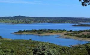 Portugal restringe el agua para nuevos cultivos superintensivos en la zona del Alqueva