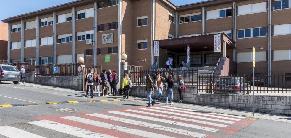 50 alumnos de primero de la ESO no tienen plaza en el instituto elegido en Plasencia