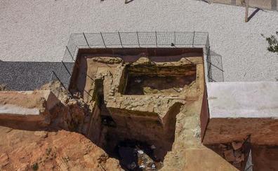 La cloaca de la cárcel real de Badajoz, al descubierto