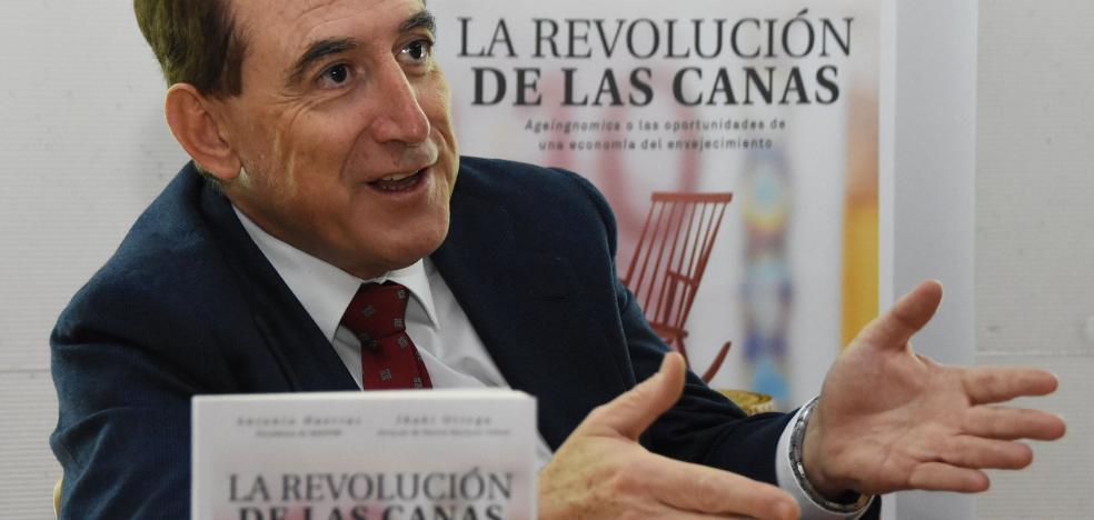 «Con la actual pirámide demográfica las pensiones no serán suficientes»