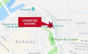 Herido grave un motorista de 52 años tras una caída en Badajoz