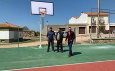 Mejoras en las pistas deportivas de la barriada del Convento de Arroyo de la Luz