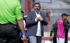 Juan García, técnico del Don Benito: «No hemos tenido acierto. Esa es la diferencia»