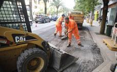 La campaña de asfaltado en Badajoz llega este lunes a Cerro del Viento y San Fernando