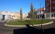 'Donantes de vida', nombre simbólico de las dos nuevas glorietas de la calle Alcollarín de Don Benito