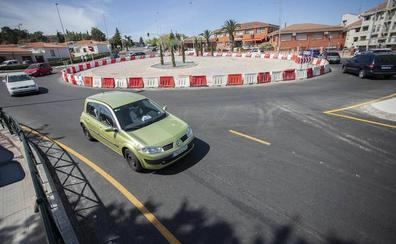 Diez mil conductores dicen adiós al punto negro de Héroes de Baler en Cáceres