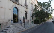 Los promotores de Godoy se interesan por el Hospital Provincial para uso hostelero