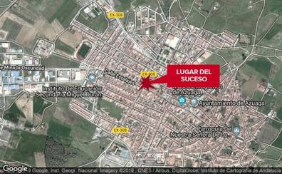 Un menor de 17 años, herido en la colisión de un coche y una moto en Azuaga