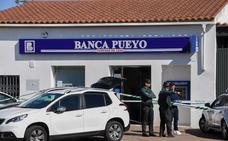El director de Banca Pueyo de Villafranco evoluciona favorablemente tras ser operado