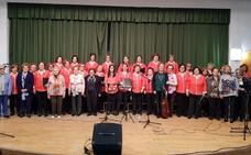 El coro del Hogar del Pensionista de Fuente del Maestre celebra su 25 aniversario