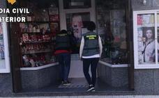 Detenidos dos vecinos de Ceclavín acusados de robar en una tienda de Moraleja