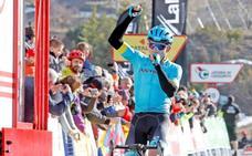 'Supermán' López asalta la etapa y la general en La Molina