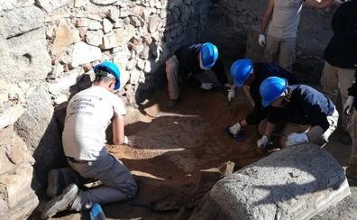 La Huerta de Otero de Mérida esconde una casa, termas, mosaicos y parte de la muralla