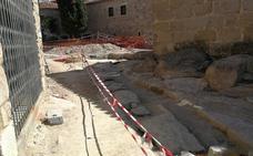 Encuentran quince tumbas en las obras de la calle Santa Beatriz de Silva