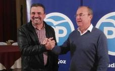 El PSOE opta por la continuidad y el PP por la renovación en Puebla de la Calzada