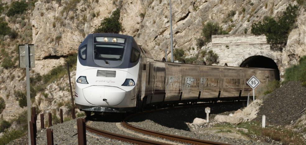 Renfe prevé iniciar en junio la compra de nuevos trenes para Extremadura