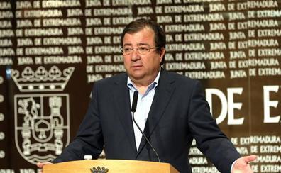 Vara firma el decreto de convocatoria de las elecciones autonómicas