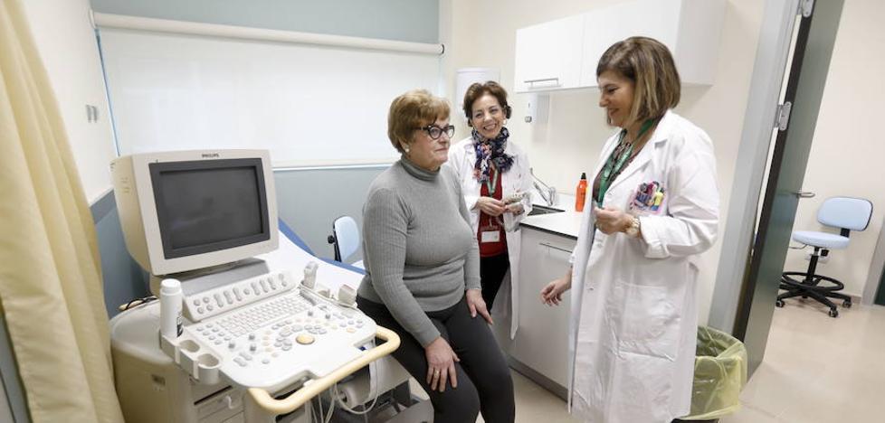 Los quirófanos del Hospital de Cáceres ya están equipados y hoy se someten a la limpieza terminal