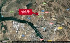 Herida leve una mujer tras salirse de la vía y volcar su vehículo en Mérida