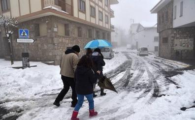 Llega la nieve al norte de Extremadura este fin de semana