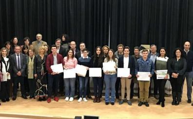 Carlos Pozo y Alberto Sánchez ganan el Concurso Regional de Ortografía