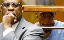 El sospechoso de asesinar al rapero Nipsey Hussle se declara no culpable