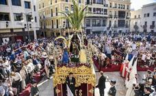 Los palcos de la plaza de España para las procesiones se ponen hoy a la venta en La Soledad