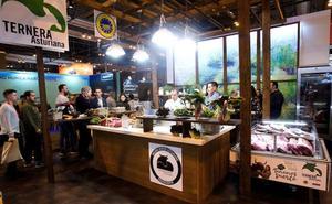 Más de 50 empresas extremeñas han participado en el Salón Gourmets