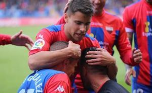 El Extremadura vence al Málaga