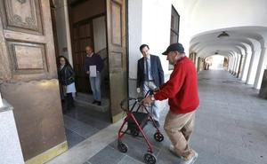 El Ayuntamiento de Mérida es el primero de la región que aplica la «accesibilidad universal»