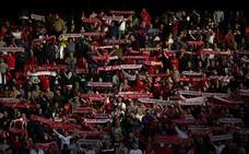 Antiviolencia sanciona con 65.000 euros al Sevilla por una pancarta de los Biris