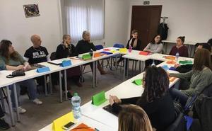 Cien integrantes de las cinco nuevas Lanzaderas de Empleo se reúnen en Mérida