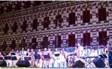 Concierto benéfico de Puerto D'Indias en el López de Ayala