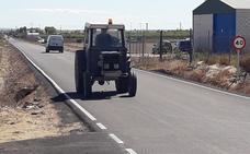 Concluyen las obras de mejora y asfaltado del camino de Pontezuela de Villanueva