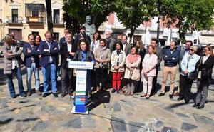Los líderes del PP arropan a Inés Rubio, candidata a la alcaldía de Trujillo