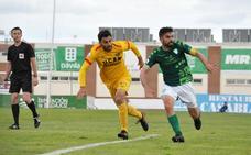 El Almería B marca el destino del Villanovense