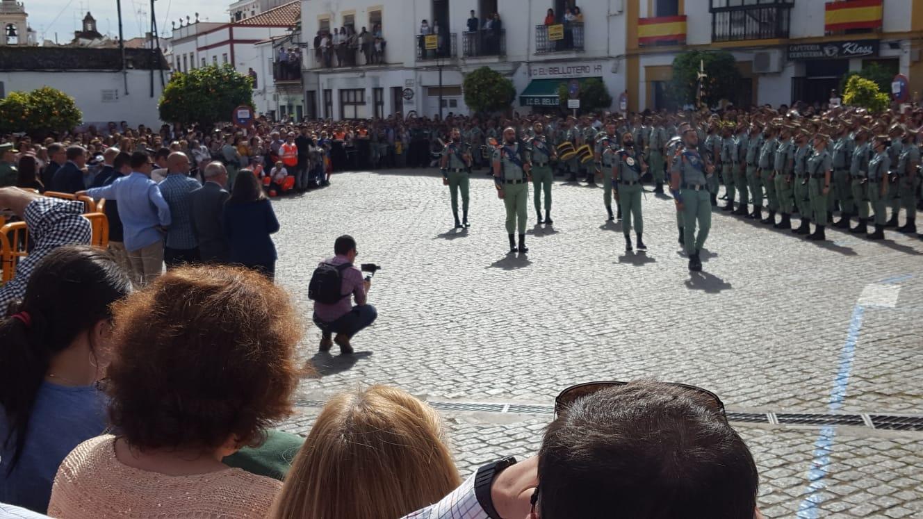 La Legión congrega a centenares de personas en Jerez