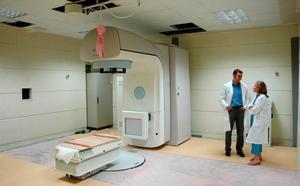 El acelerador de radioterapia de Plasencia ha dejado de funcionar este lunes por una avería