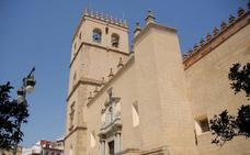 Siete obispos y el cardenal emérito de Sevilla participan este martes en la Misa Crismal de la Catedral de Badajoz