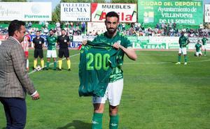 Javi Sánchez cumple los 200 partidos de bronce
