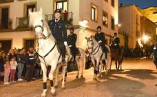 Policías nacionales a caballo abren hoy la procesión del Cristo de la Columna en Plasencia
