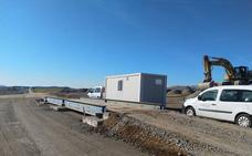 Adif ya dispone de parcela para montar el balasto entre Cáceres y Plasencia